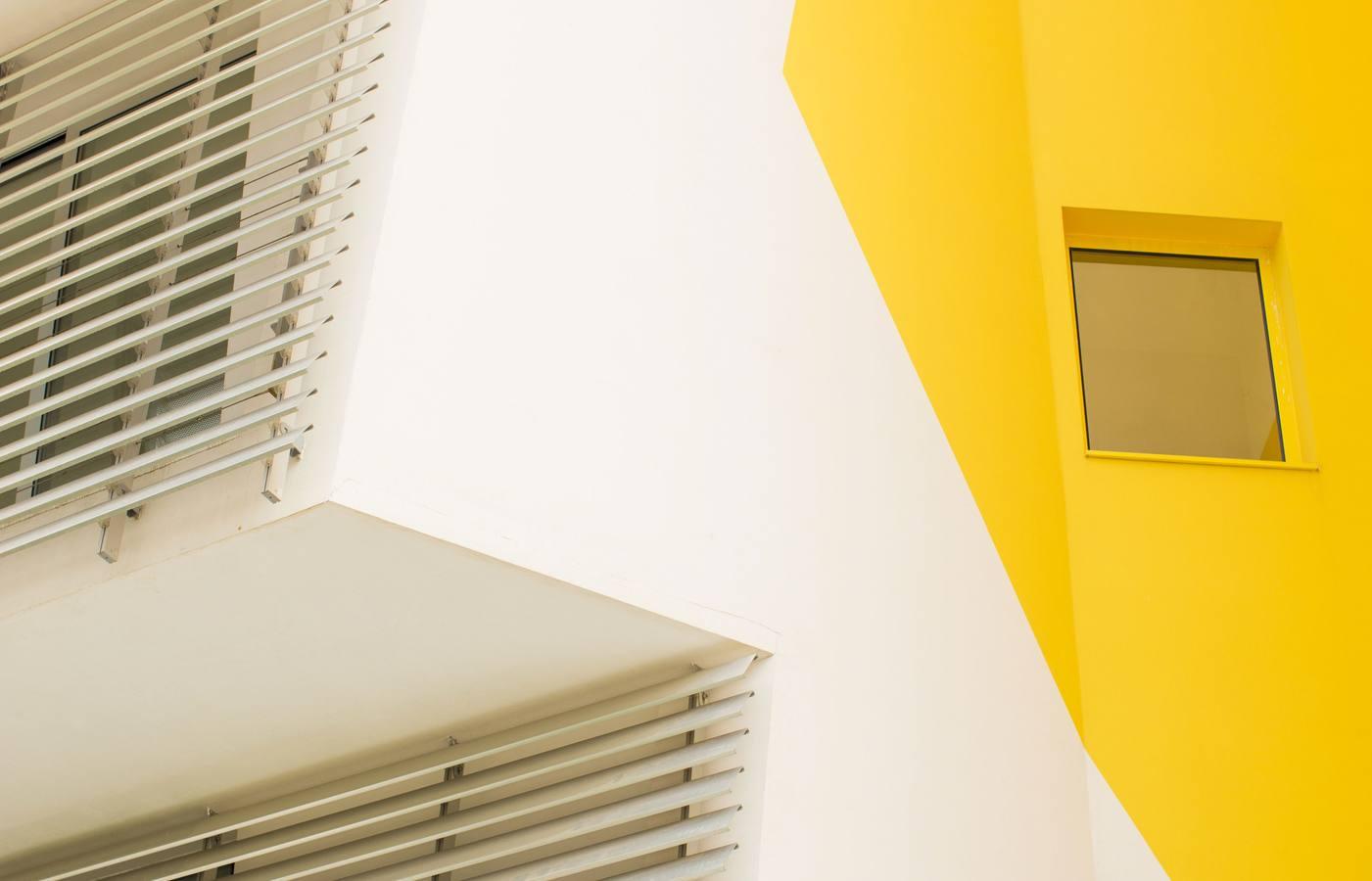 distribution s lective pas de violation de l interdiction de revente hors r seau par un site. Black Bedroom Furniture Sets. Home Design Ideas